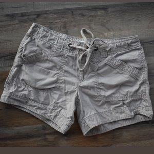 🐪 Khaki Shorts